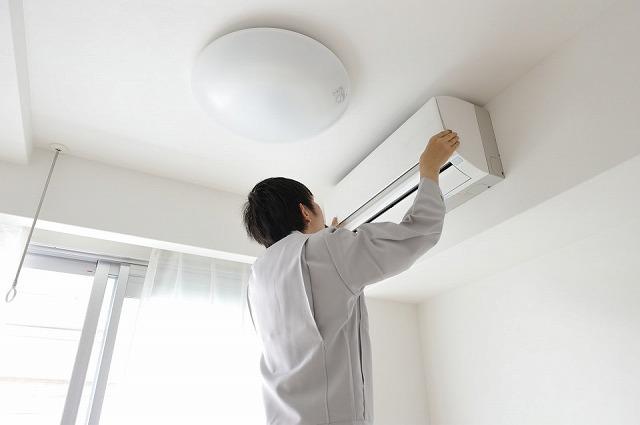 業務内容 家庭用エアコン(ルームエアコン)の新設・取替工事